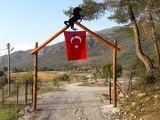 Antalya kaş kalkan'da orman kenarı at çiftliği restaurant kamp yeri