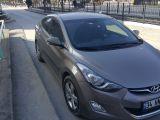 Düşük kilometreli, masrafsız, temiz servis bakımlı Hyundai ELANTRA 2012