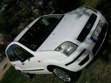 inci beyaz Ford füsion